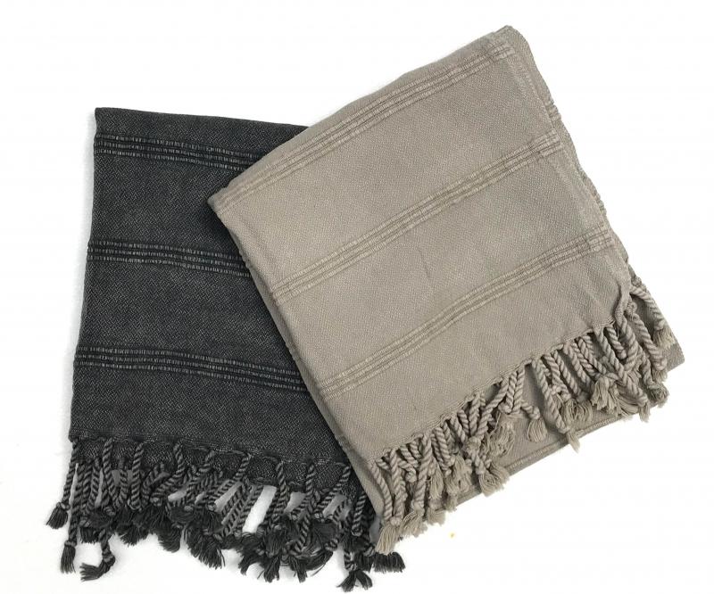 ZEUS HAND TOWEL