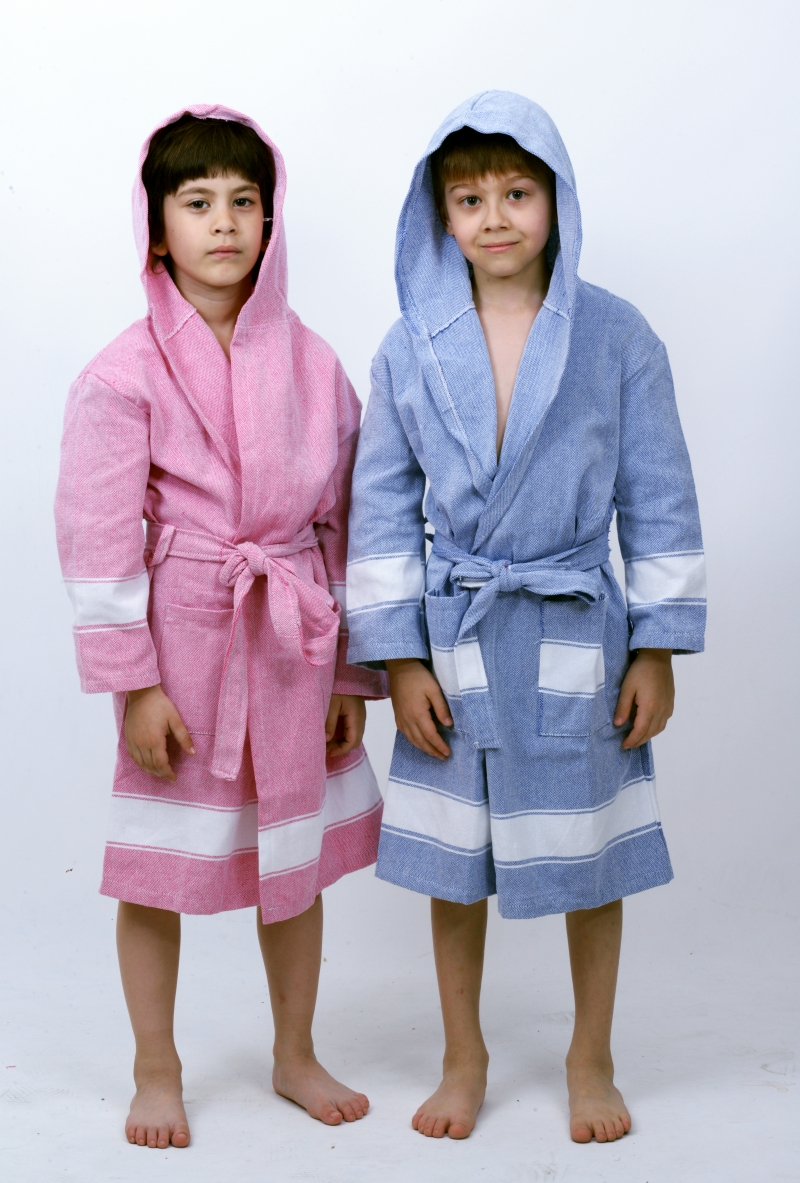 SOFT KID'S BATHROBE