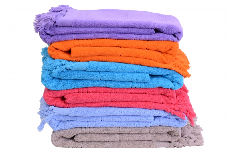 COLORED TOWEL