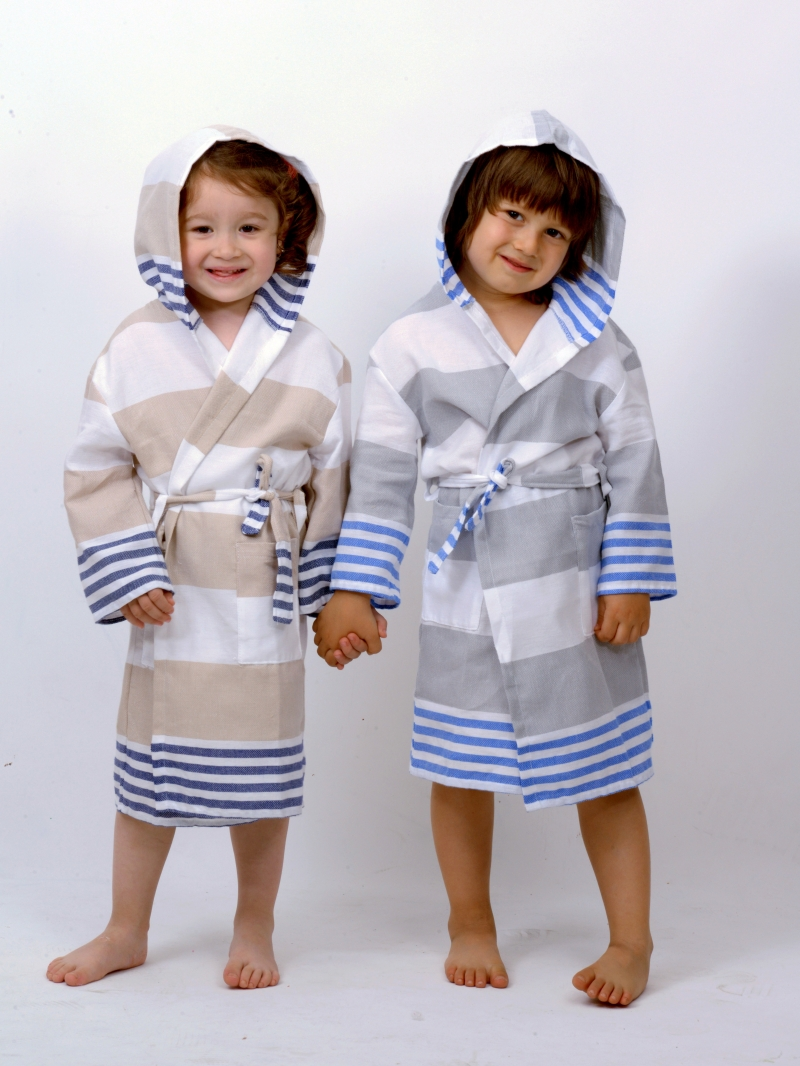 SUMMER TODDLER'S BATHROBE